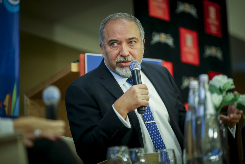 Defense Minister Avigdor Liberman at a conference in Ashdod on Thursday. (Flash90)