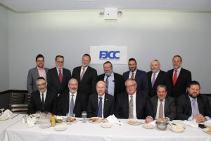 Jason Dov Greenblatt, named by Donald Trump as his top advisor on his Israel policy, meeting with Askanim in Flatbush in May. (FJCC)