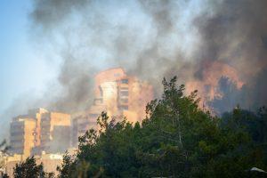 Haifa in flames, Thursday. (Meir Vaknin/Flash90)