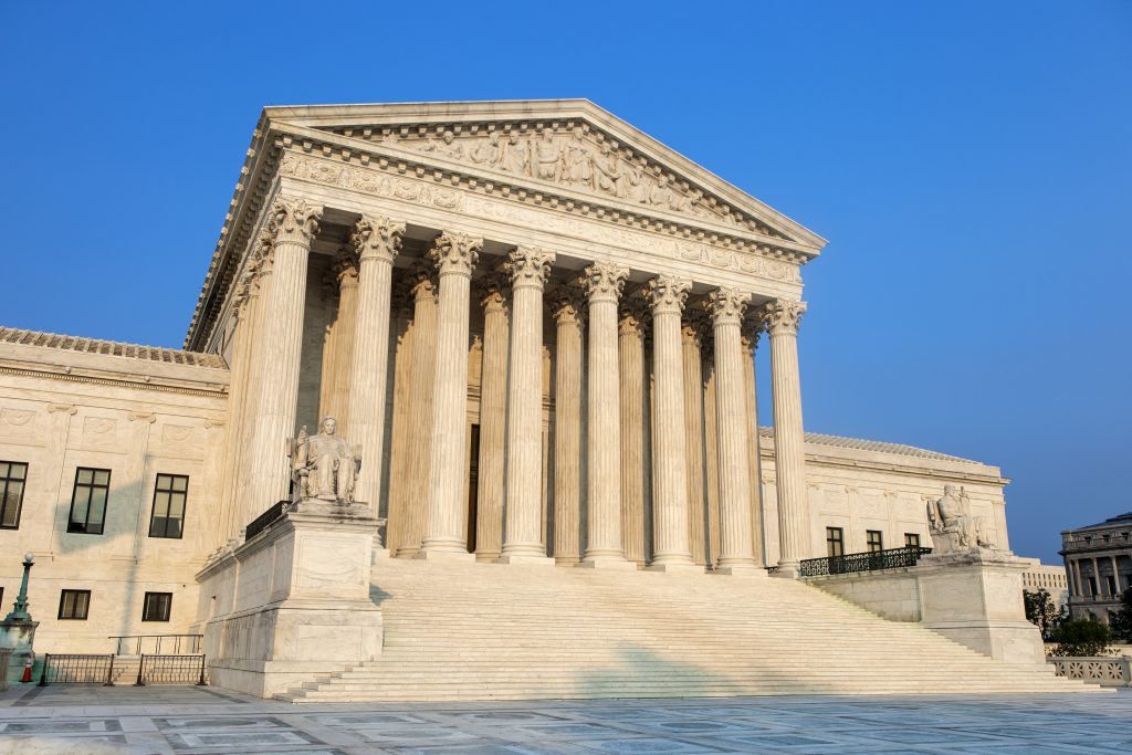 Supreme Court, ruling, New York, law, retailers, customers, credit cards, free speech, price regulation