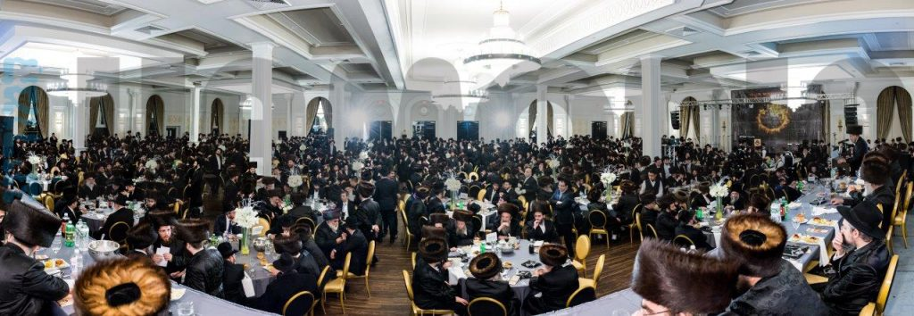 A view of the crowd at the melaveh malkah in Lakewood. (JDN)