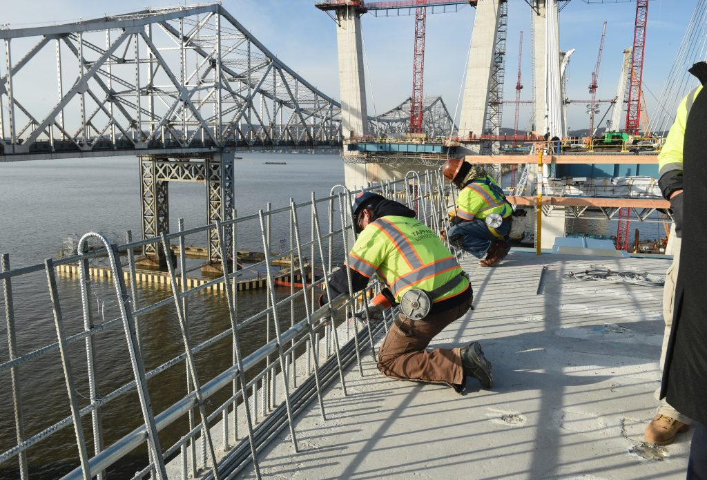 Construction crews on the new Tappan Zee Bridge on Tuesday. (Kevin P. Coughlin/Office of Governor Andrew M. Cuomo)