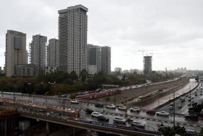 Skyscrapers in North Tel Aviv near Ayalon highway and river on a winter day, Tel Aviv, December 02, 2016. Photo by Gili Yaari /Flash90 *** Local Caption *** ?? ???? ???? ??????