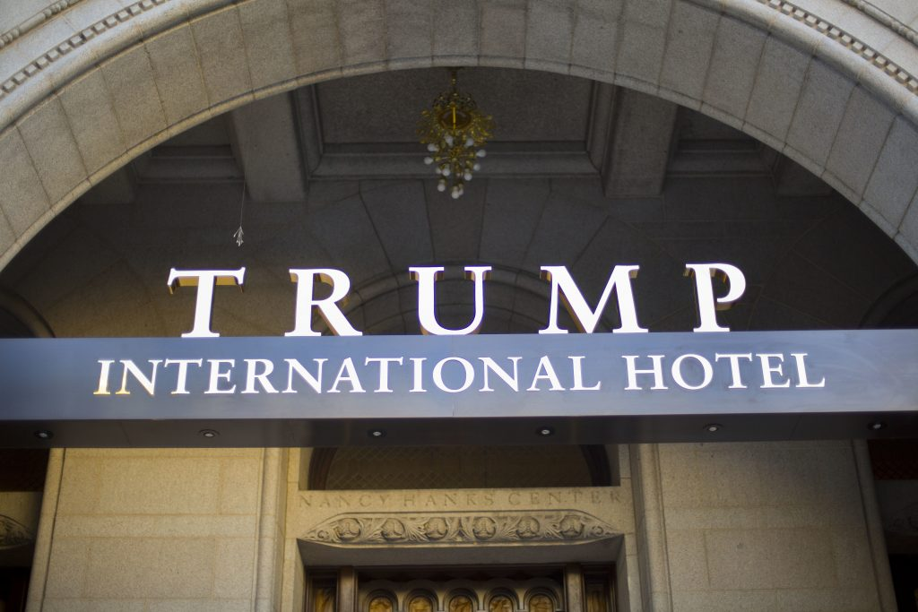 Donald Trump, Trump hotel, Washington