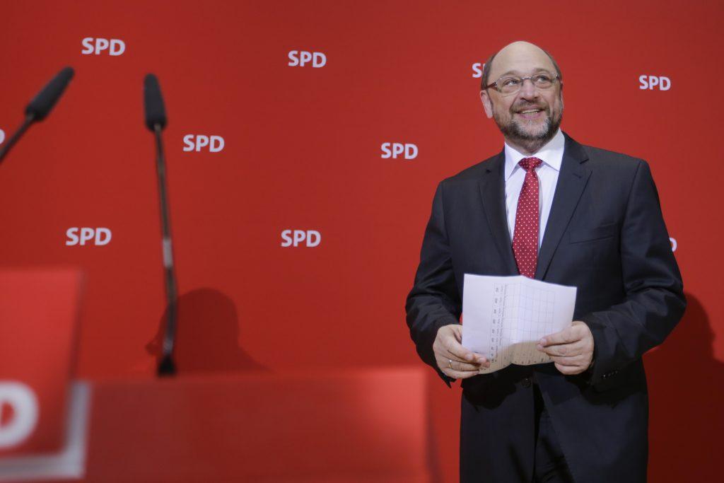 Chancellor, western Saarland, Merkel, vote