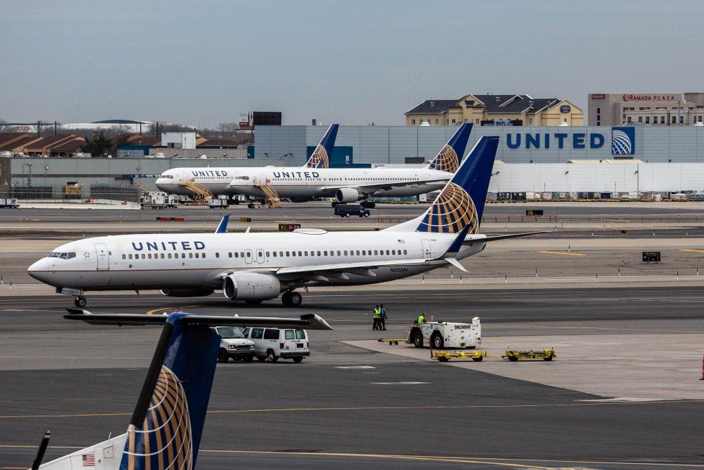 Aviation, Cop, United, Passenger