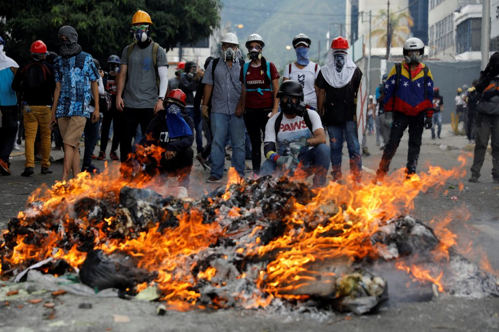 U.S. Senators, Sanctions, Venezuela, Crisis