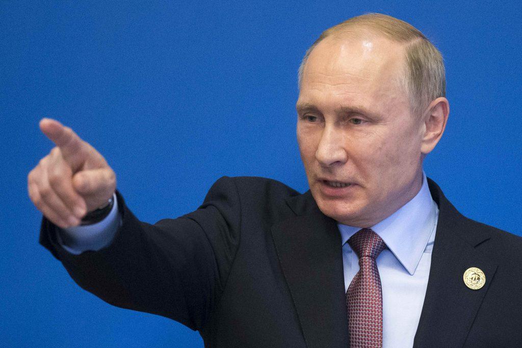 Russia, Putin, Blames, U.S., Cyberspies, Virus, Global Hacking