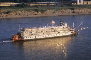 Delta Queen, steamboat, roverboat, Mississippi River