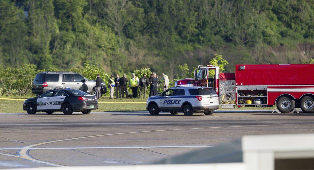 airport, UPS, plane, West Virginia