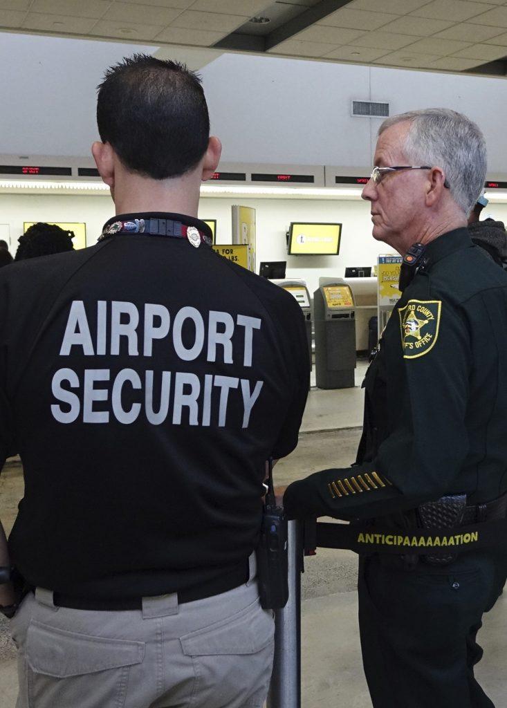 Spirit, Lauderdale, airport