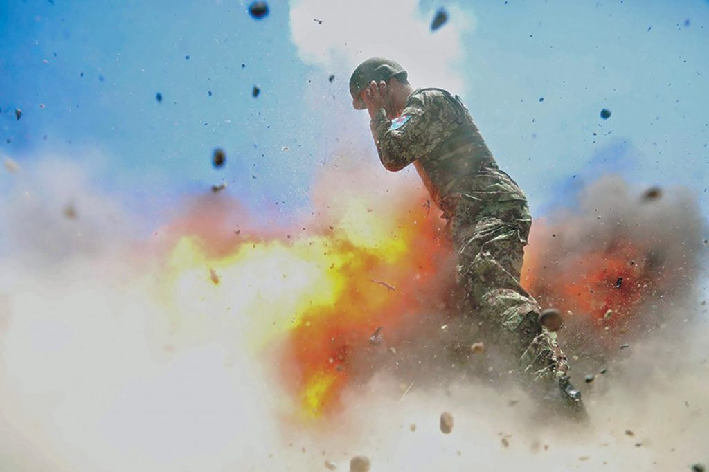 Army, Combat Photographer, Last Picture, Explosion, Killed