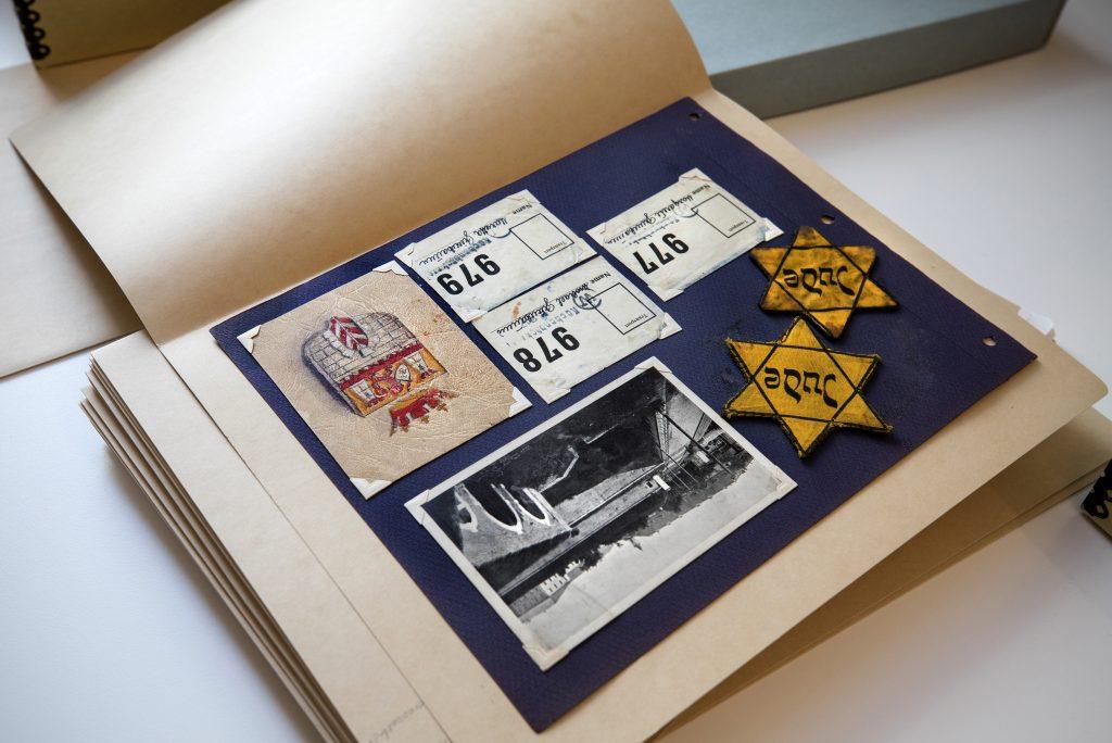 Holocaust Museum, Holocaust