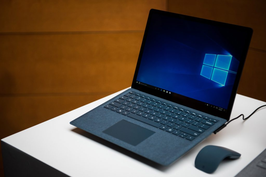 Apple, Microsoft, Laptop