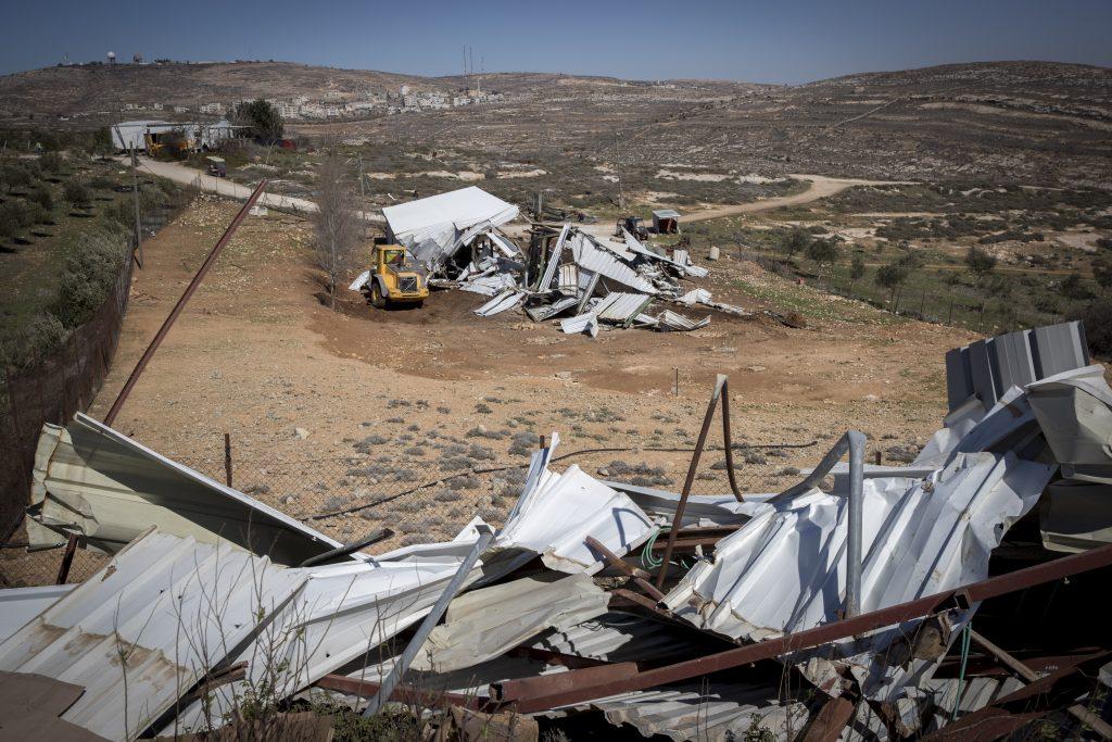 Amona, settlement