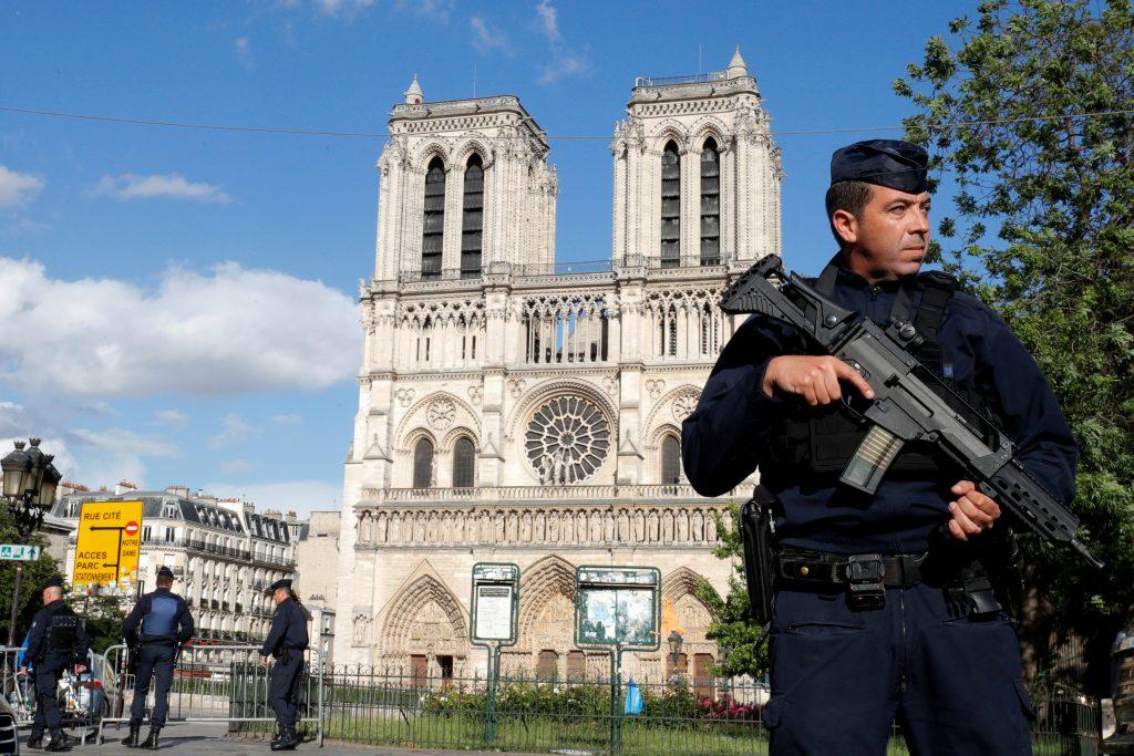 Notre Dame, police, Paris, France, hammer