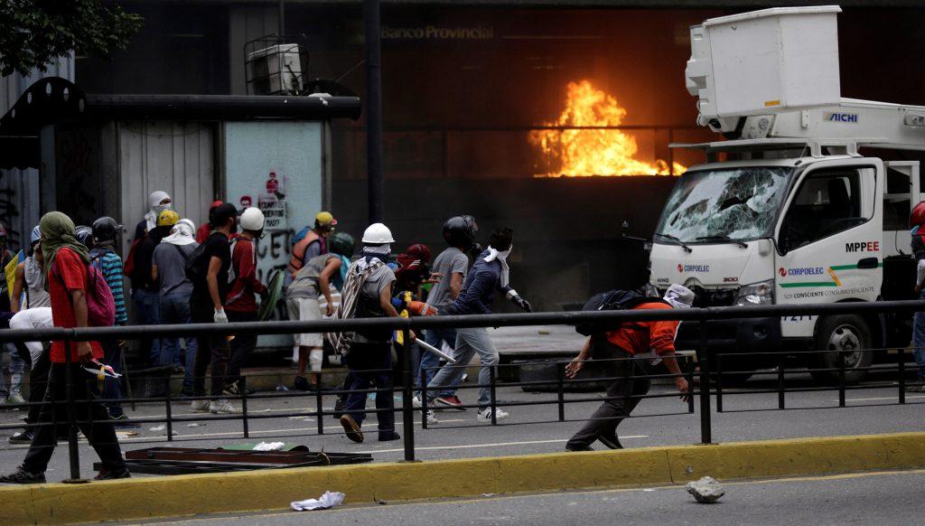 Violence, Engulfs, Venezuelan Capital, Teenage Protester, Dies