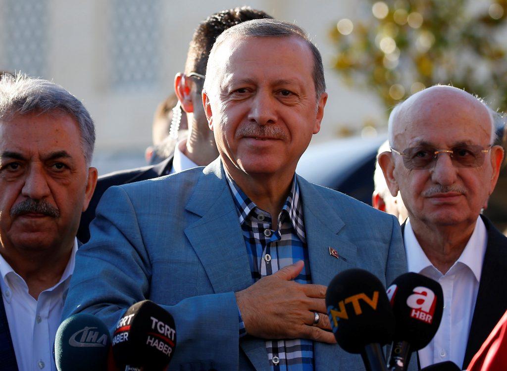 Turkey, Rejects, Arab, Terms, Qatar, U.S., Urges, Sides, Talk