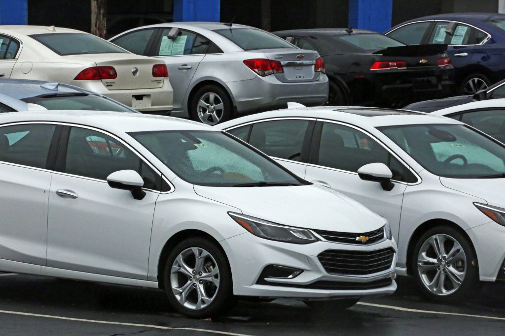U.S., Auto Sales, Fall, 5th Straight Month, May