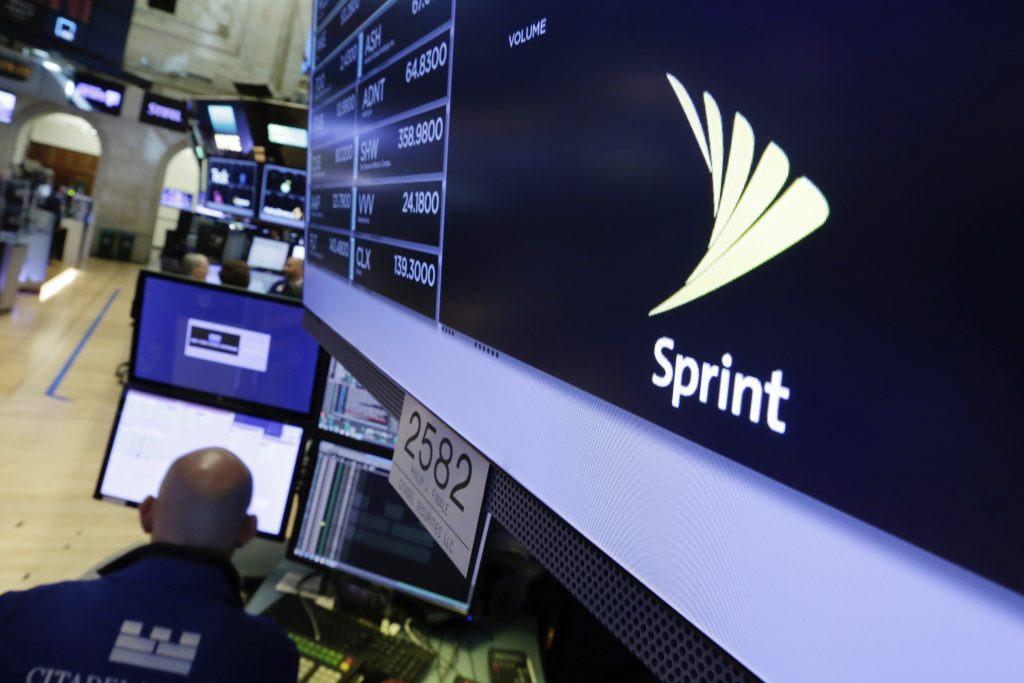 Sprint, Talks, Charter, Comcast, Wireless Deal