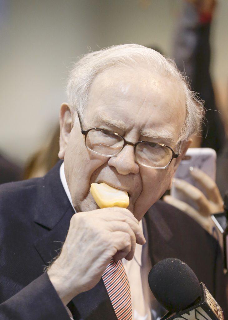 Buffett, charity, auction