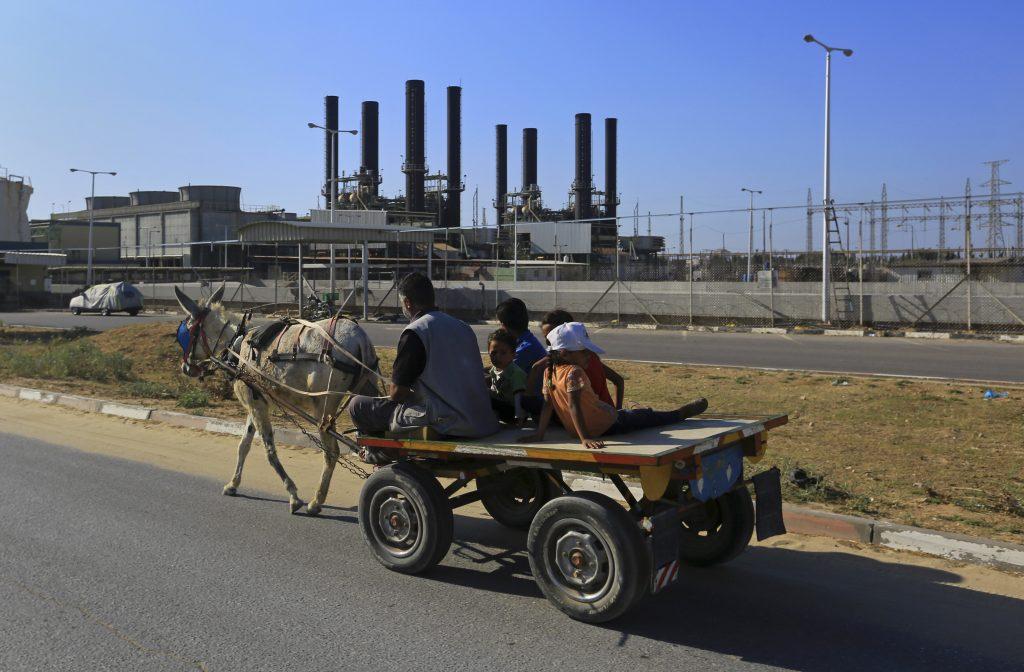 Hamas, Threatens, Explosion, Power Reduction
