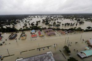 Trump texas, flooding