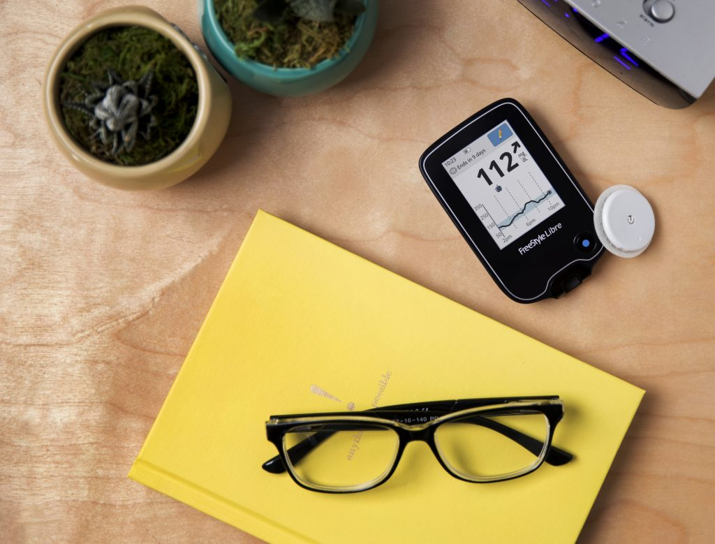 Fda Approves 1st Blood Sugar Monitor Without Finger Pricks