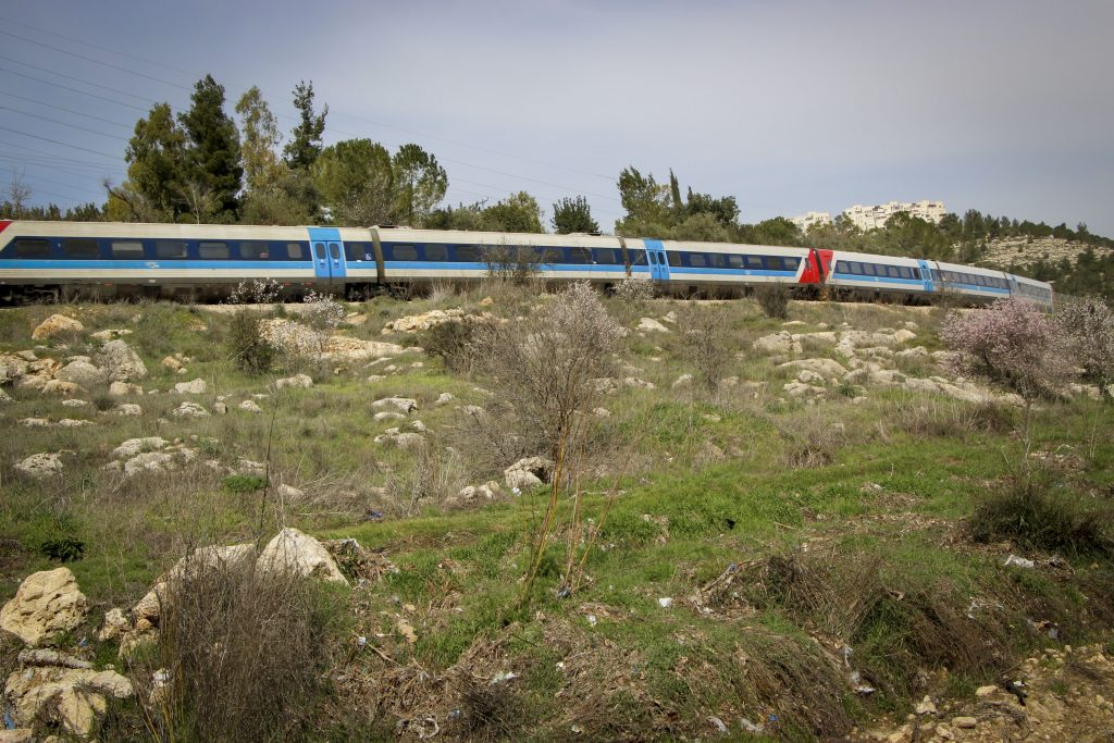 Yerushalayim Tel Aviv, train, high speed
