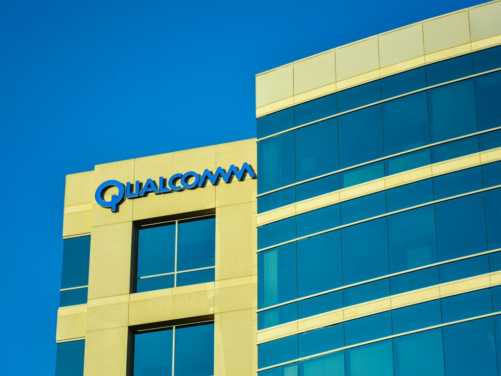 Qualcomm, Qualcomm Broadcom