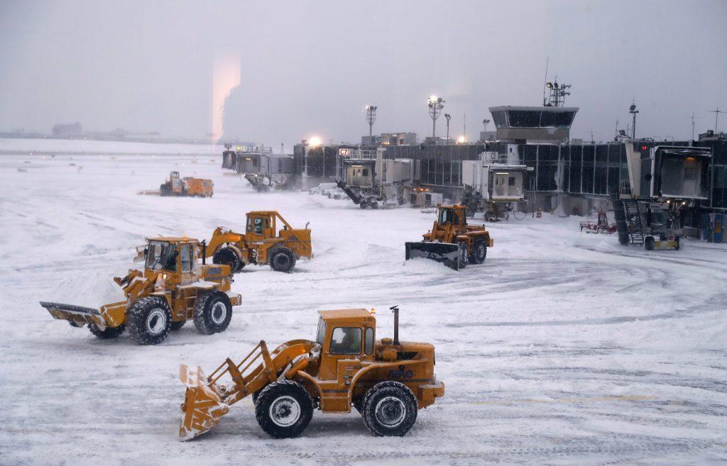 JFK airport, kennedy airport, laguardia airport, airports snow