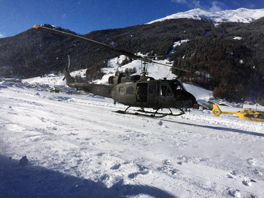 avalanche Italy, alps