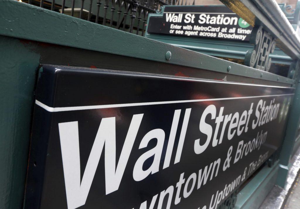 wall street bonuses