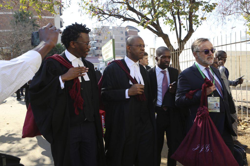 zimbabwe court