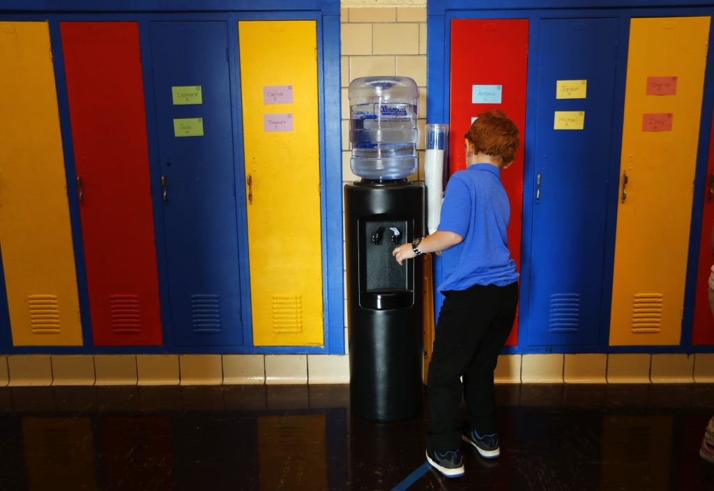 detroit school water