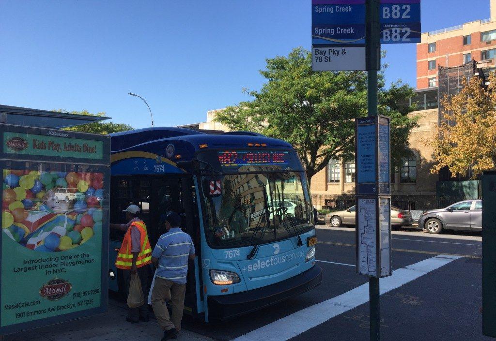 b82 select bus, kings highway bus