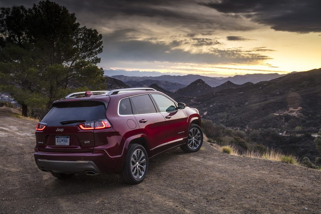 Auto Review Improved Looks Power For 2019 Jeep Cherokee Overland Hamodia Com