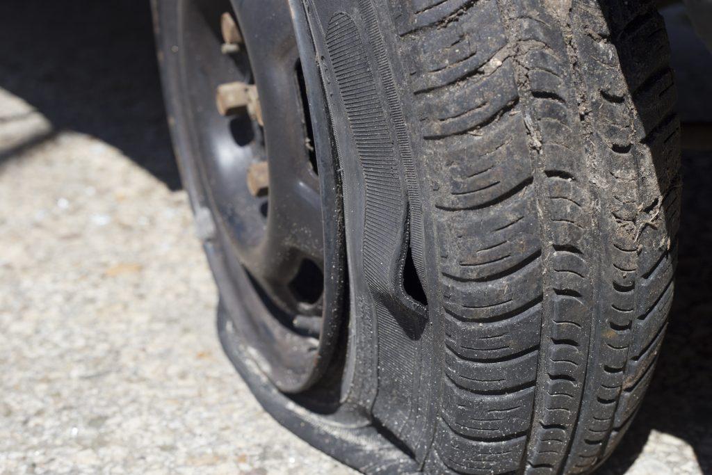 lakewood tire slashing