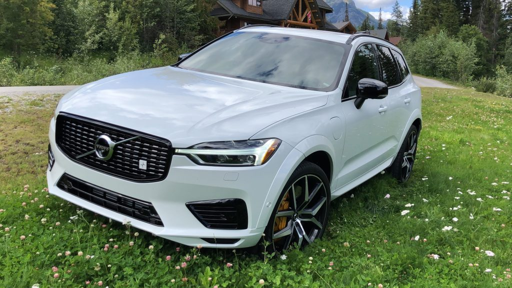 2020 Xc60 Review.Auto Review Volvo S Sporty 2020 Xc60 Polestar Suv