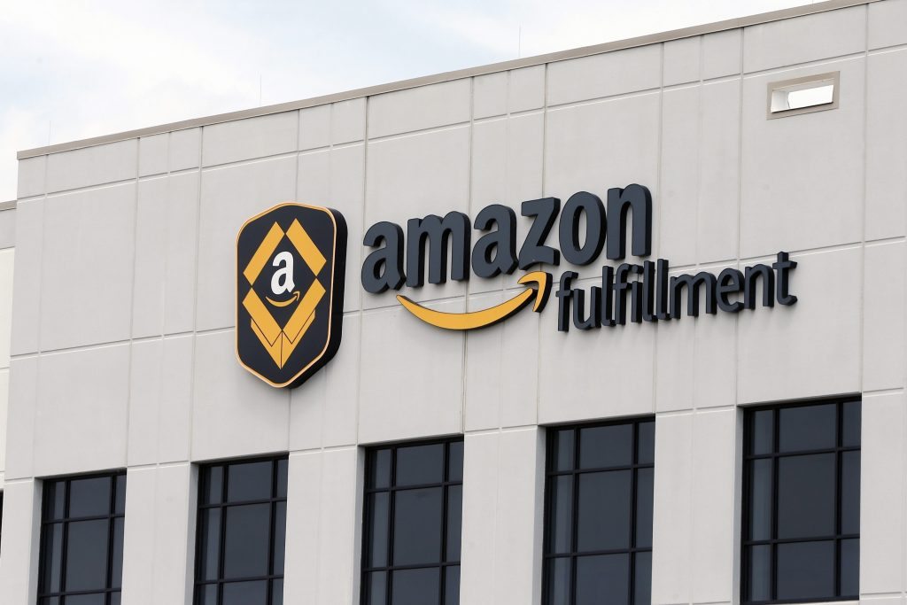 Looking To Hire 30 000 Amazon Plans Nationwide Job Fairs