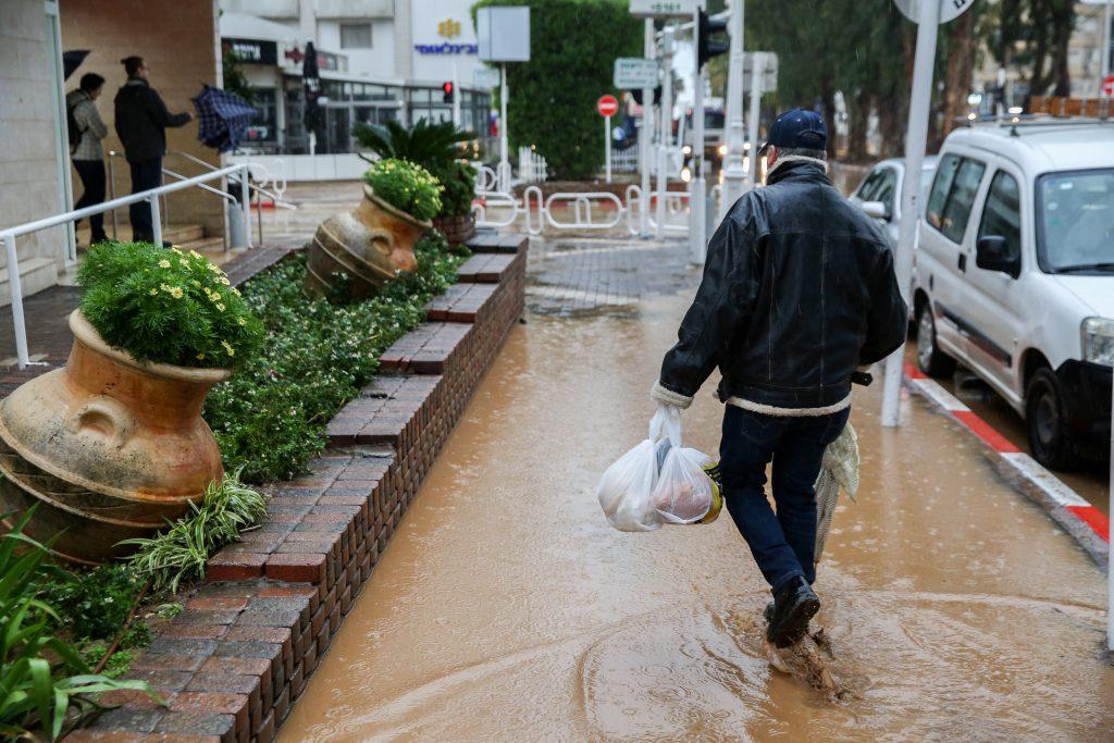 flooding israel