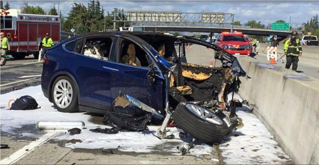 tesla crash autopilot