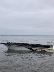 boat fire staten island