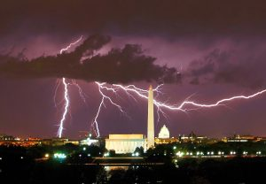washington monument lightning