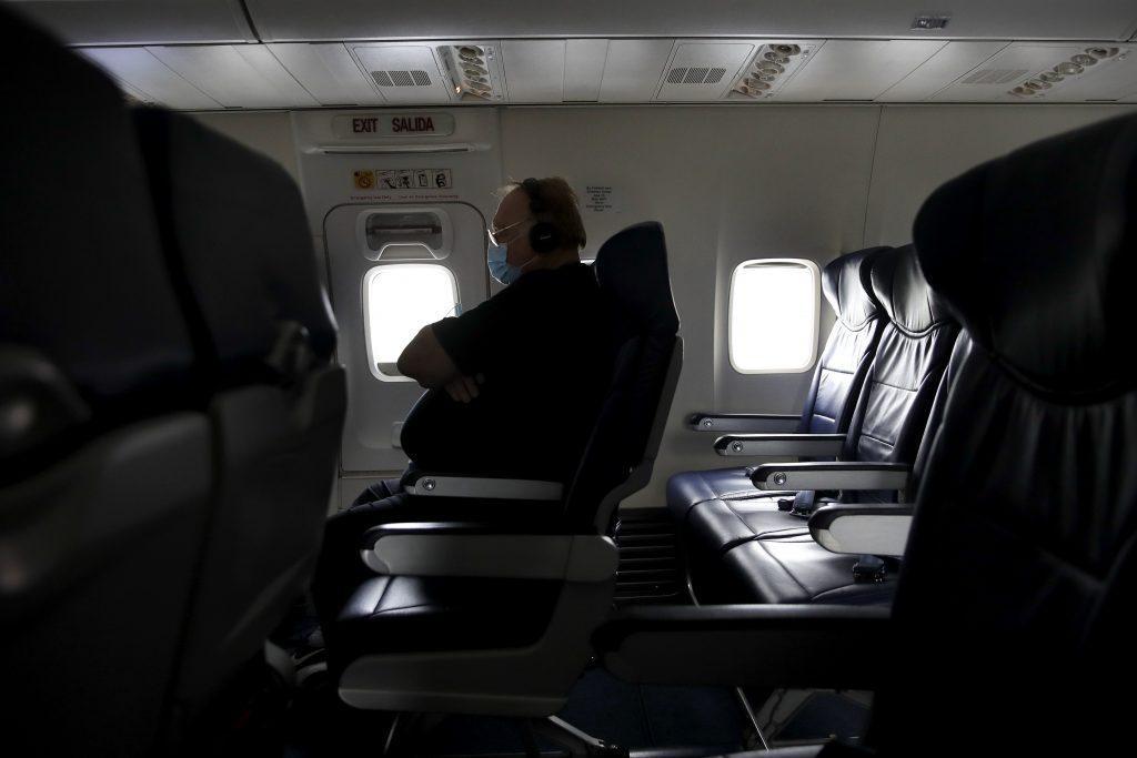 airlines masks
