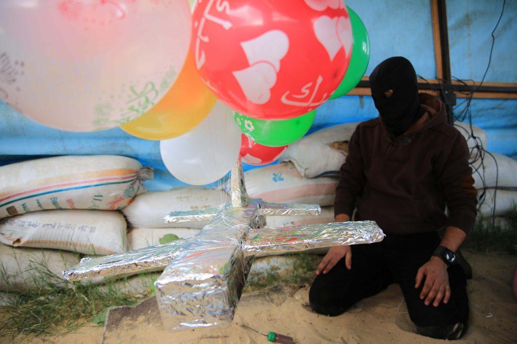 gaza balloons israel