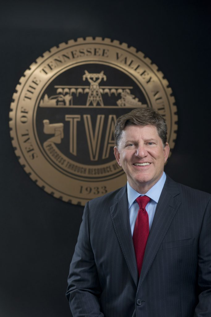 tennesee valley authority ceo pay