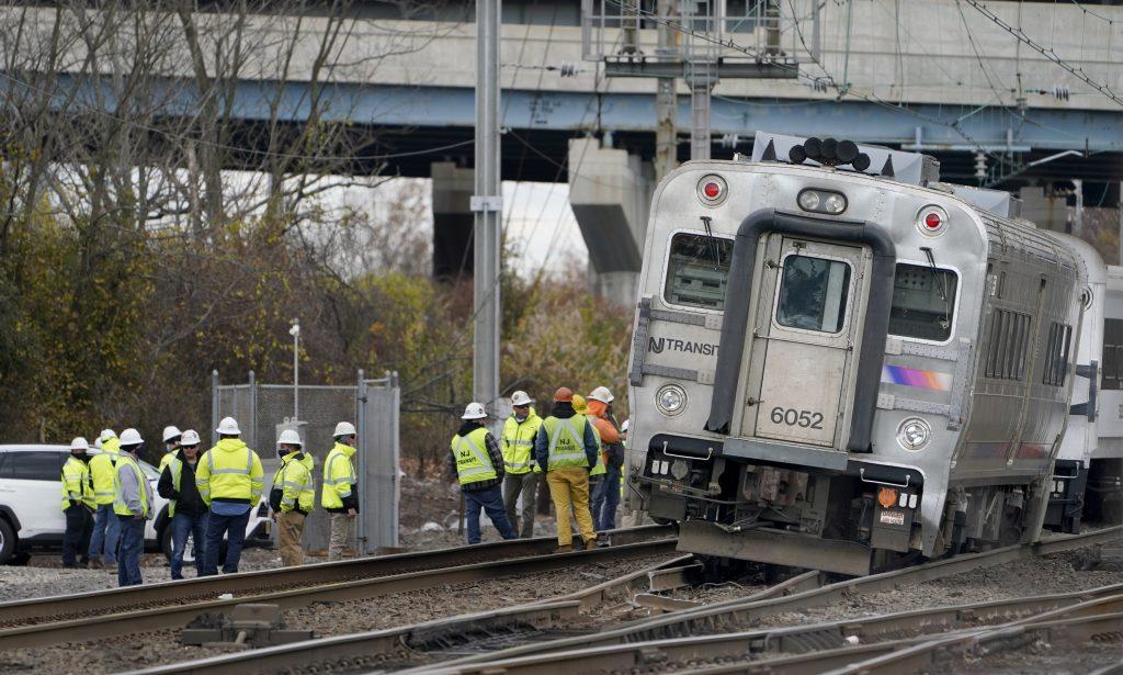 new jersey transit derailment