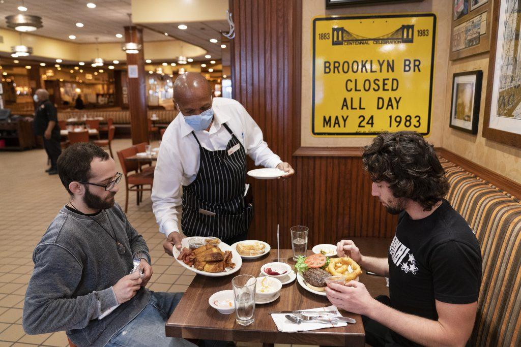 new york indoor dining