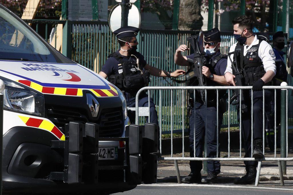 paris police stabbing